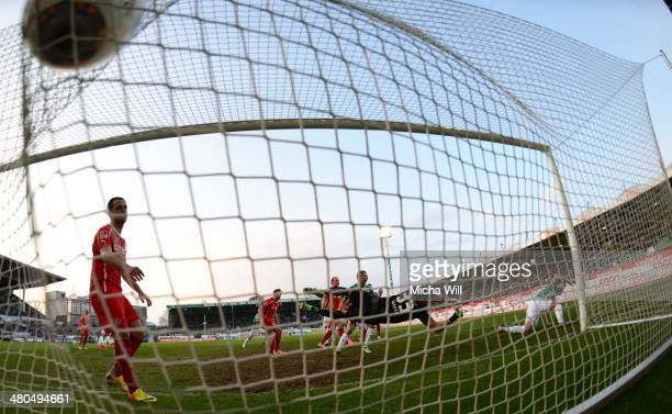 Ilir Azemi of Fuerth scores the opening goal during the second Bundesliga match between Greuther Fuerth and Fortuna Duesseldorf at TrolliArena on...