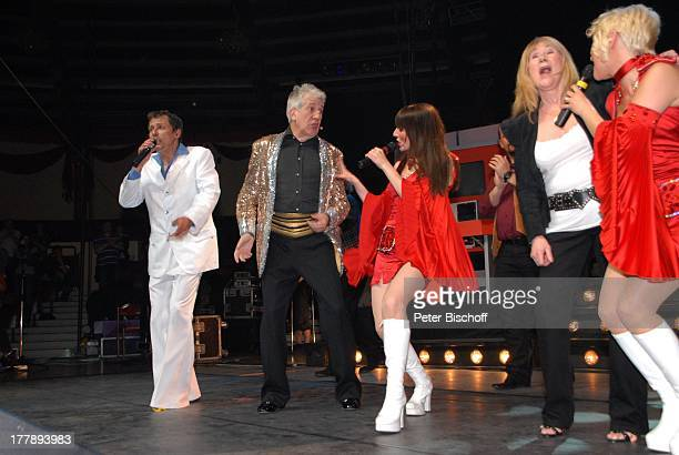 Ilja Richter Isobel Davies Anja Bublitz Sally Carr Axel Roesler Premiere Tournee zum 40jährigen Jubiläum der ZDFKultShow 'Disco' 'Circus Krone'Bau...