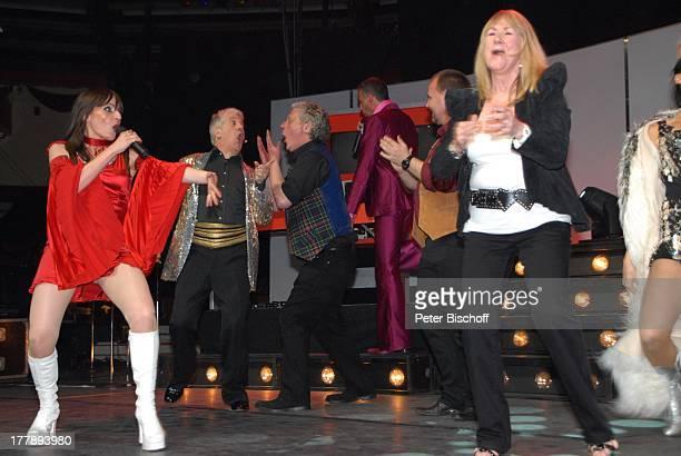 Ilja Richter Isobel Davies Sally Carr Jörg Wagenknecht Premiere Tournee zum 40jährigen Jubiläum der ZDFKultShow 'Disco' 'Circus Krone'Bau München...