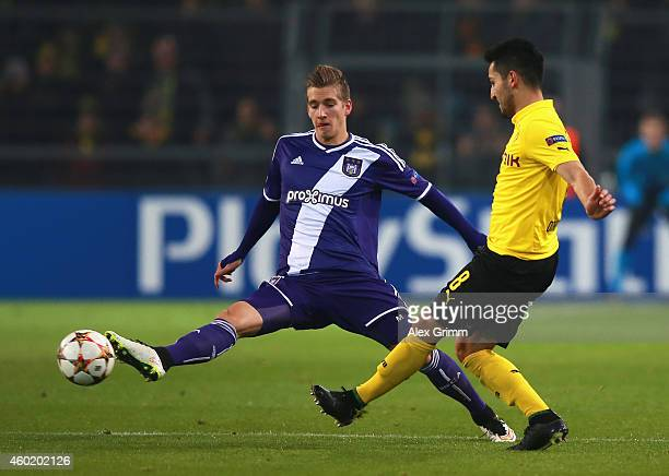 Ilkay Guendogan of Borussia Dortmund is challenged by Dennis Praet of Anderlecht during the UEFA Champions League Group D match between Borussia...