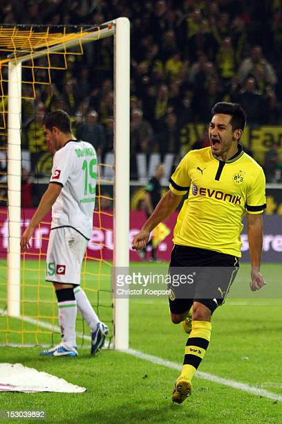 Ilkay Guendogan of Dortmund celebrates the forth goal during the Bundesliga match between Borussia Dortmund and VfL Borussia Moenchengladbach at...