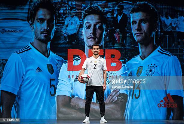 Ilkay Guendogan of the German national soccer team presents the new jersey of the national team on November 6 2016 in Duesseldorf Germany