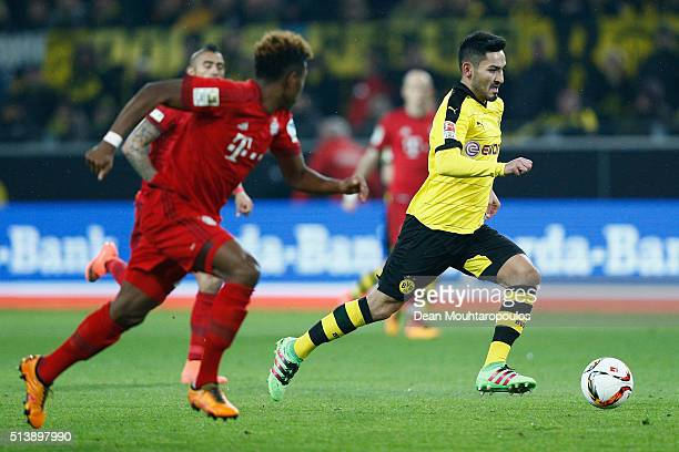 Ilkay Gundogan of Borussia Dortmund makes a run through midfield during the Bundesliga match between Borussia Dortmund and FC Bayern Muenchen at...