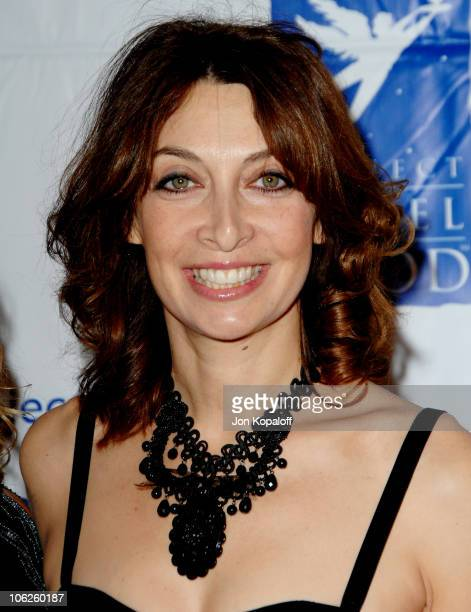Illeana Douglas during Project Angel Food's Divine Design November 30 2006 at 9900 Wilshire Blvd in Beverly Hills California United States
