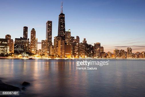 USA, Illinois, Chicago, Gold Coast buildings at dusk