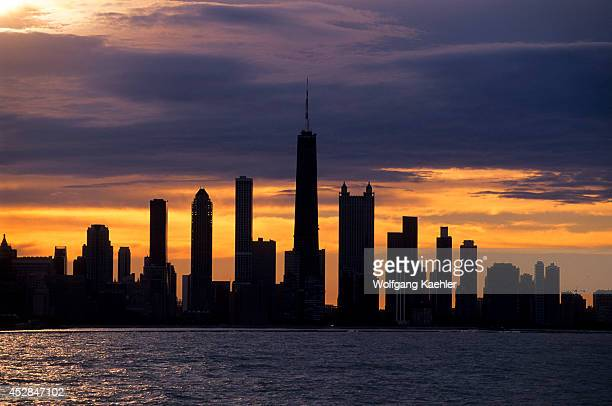 USA Illinois Chicago Lake Michigan View Of Skyline Sunset Dramatic Lighting
