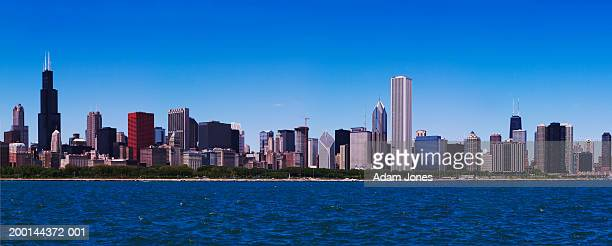 USA, Illinois, Chicago skyline and Lake Michigan
