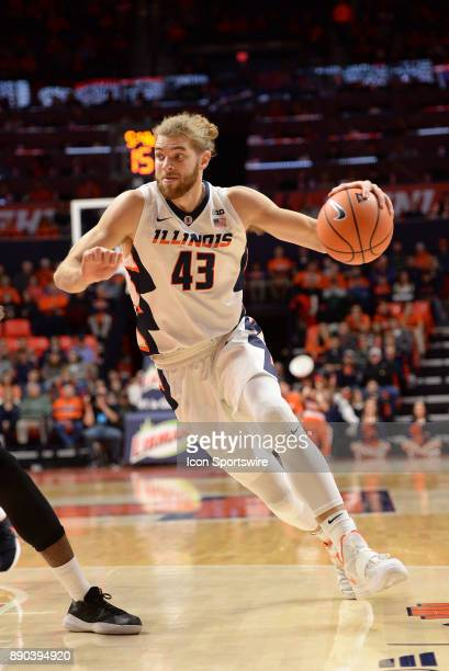 Illinois Fighting Illini forward Michael Finke dribbles to the basket during the college basketball game between the Austin Peay Governors and the...