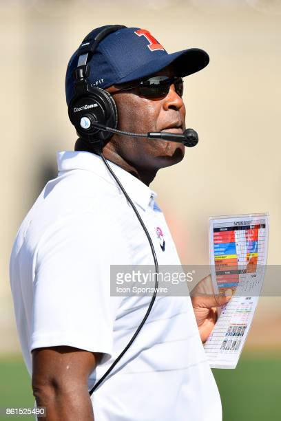 Illinois Fighting Illini head coach Lovie Smith looks on during the game between the Rutgers Scarlet Knights and the Illinois Fighting Illini on...
