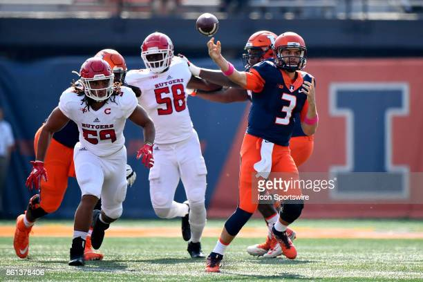 Illinois Fighting Illini quarterback Jeff George Jr passes the ball during the game between the Rutgers Scarlet Knights and the Illinois Fighting...