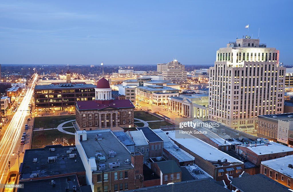 USA, Illinois, Springfield, City illuminated at dusk