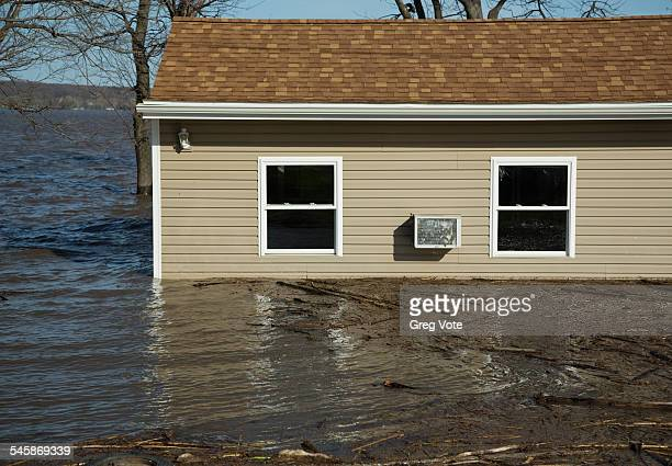 USA, Illinois, View of flooded house