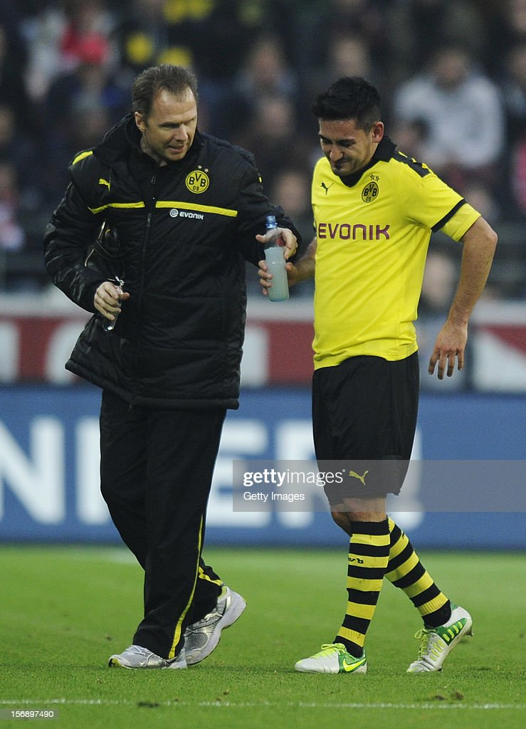 Illkay Guendogan of Dortmund leaves the field with a possible injury during the Bundesliga match between 1. FSV Mainz 05 and Borussia Dortmund at Coface Arena on November 24, 2012 in Mainz, Germany.