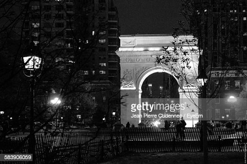 Illuminated Arch Structure In Washington Square Park At Night