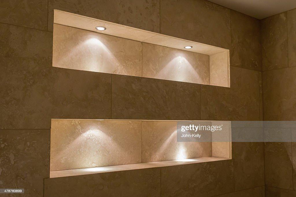 Beleuchtete Nischen Badezimmer