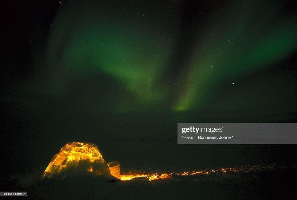 Illuminated Igloo