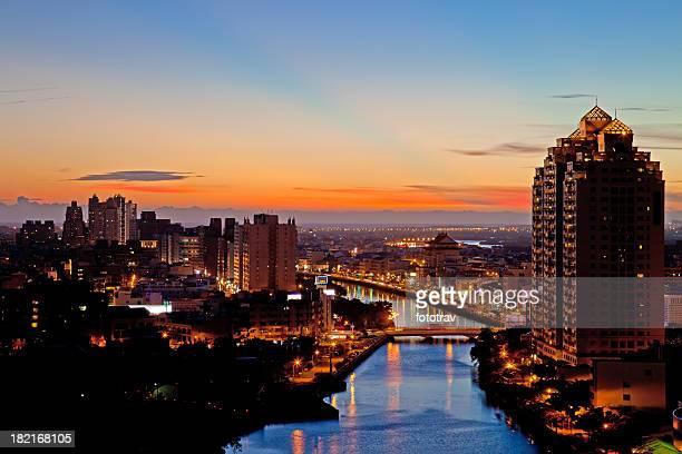 Illumination Tainan city skyline de nuit de la République de Chine (Taiwan de la ville