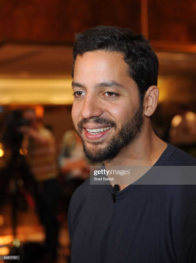 Illusionist <b>David Blaine</b> looks on as he and business magnate Donald Trump ... - illusionist-david-blaine-looks-on-as-he-and-business-magnate-donald-picture-id82877751