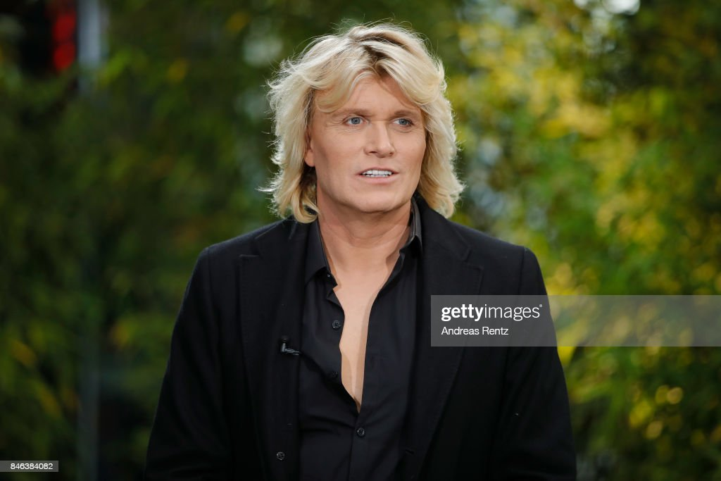 Illusionist Hans Klok attends a photocall for his upcoming show 'House of Mystery' on September 13, 2017 in Cologne, Germany.