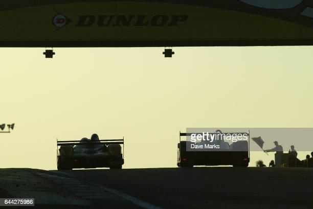 Illustration 24 heures du Mans au petit matin sous le pont Dunlop 24 heures du Mans 2005 Circuit de la Sarthe Endurance Photo Dave Marks / Icon Sport