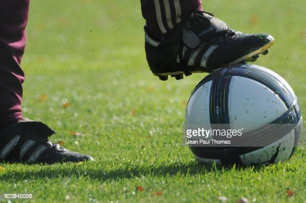 Illustration Ballon Officiel Puma Entrainement Equipe de Lyon Tola Vologe Lyon