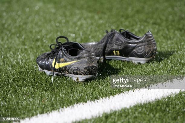Illustration chaussures Nike terrain synthetique Nancy / Saint Sochaux 17eme journee de Ligue 1