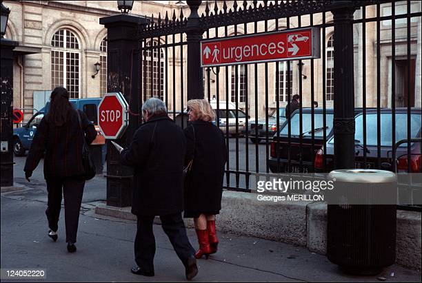Illustration Emergency at the Lariboisiere hospital In Paris France On January 15 1990