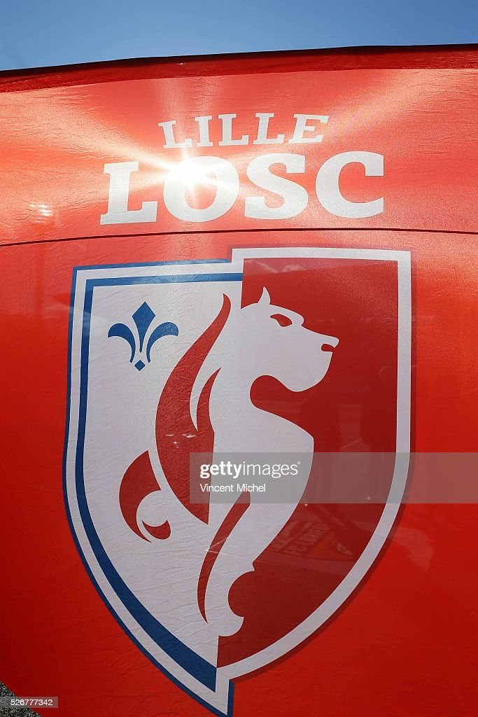 Illustration Flag of Lille OSC during the French Ligue 1 match between Fc Lorient and Lille OSC at Stade du Moustoir on April 30 2016 in Lorient...