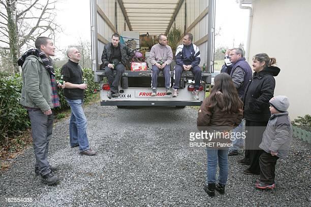Illustration Of The Financial Crisis In France Bridging Loan They Won Against The Bank Guenrouet samedi 7 mars 2009 victime de la crise immobilière...
