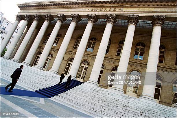 Illustration stock exchange of Paris In France On June 26 2002
