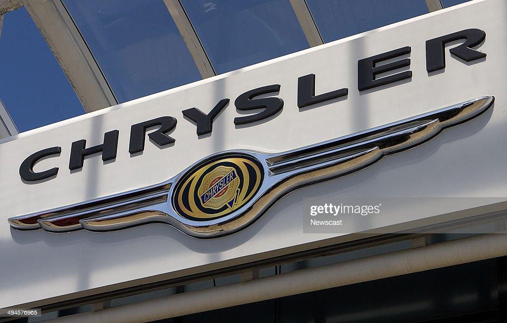 Illustrative image of a Chrysler dealership Cambridge