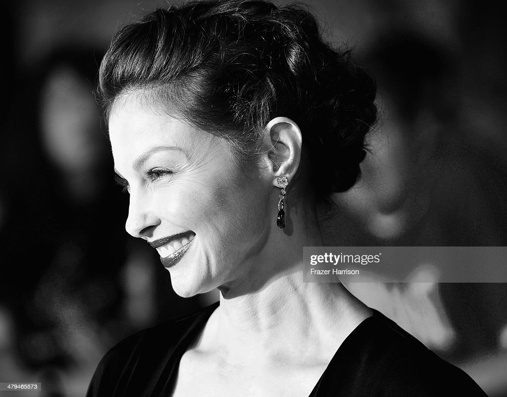 Image Converted to Black and White from Colour). Actress <a gi-track='captionPersonalityLinkClicked' href=/galleries/search?phrase=Ashley+Judd&family=editorial&specificpeople=171188 ng-click='$event.stopPropagation()'>Ashley Judd</a> arrives at the premiere Of Summit Entertainment's 'Divergent' at Regency Bruin Theatre on March 18, 2014 in Los Angeles, California.