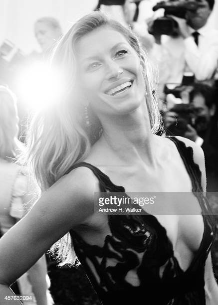 Image has been digitally processed] Gisele Bndchen attends the 'Charles James Beyond Fashion' Costume Institute Gala at the Metropolitan Museum of...