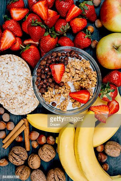 Image of healthy food - strawberries, bananas and cereals