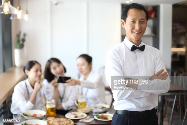 Image of the manager who manages the restaurant