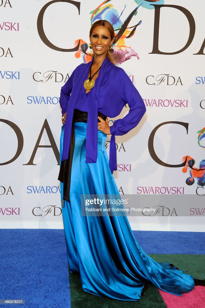 <a gi-track='captionPersonalityLinkClicked' href=/galleries/search?phrase=Iman+-+Fashion+Model&family=editorial&specificpeople=132463 ng-click='$event.stopPropagation()'>Iman</a> attends the 2014 CFDA fashion awards at Alice Tully Hall, Lincoln Center on June 2, 2014 in New York City.