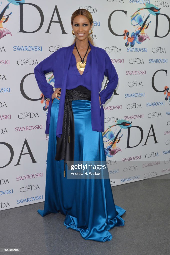 Iman attends the winners walk during the 2014 CFDA fashion awards at Alice Tully Hall, Lincoln Center on June 2, 2014 in New York City.