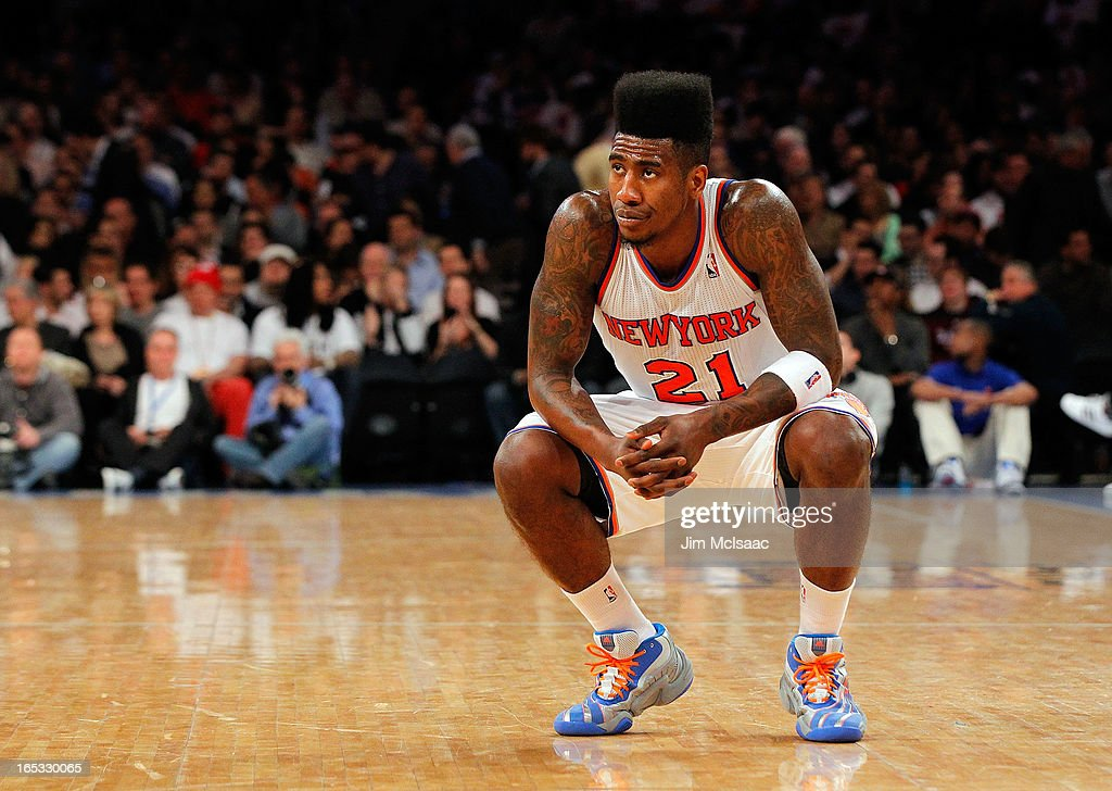 Iman Shumpert #21 of the New York Knicks in action against the Memphis Grizzlies at Madison Square Garden on March 27, 2013 in New York City. The Knicks defeated the Grizzlies 108-101.