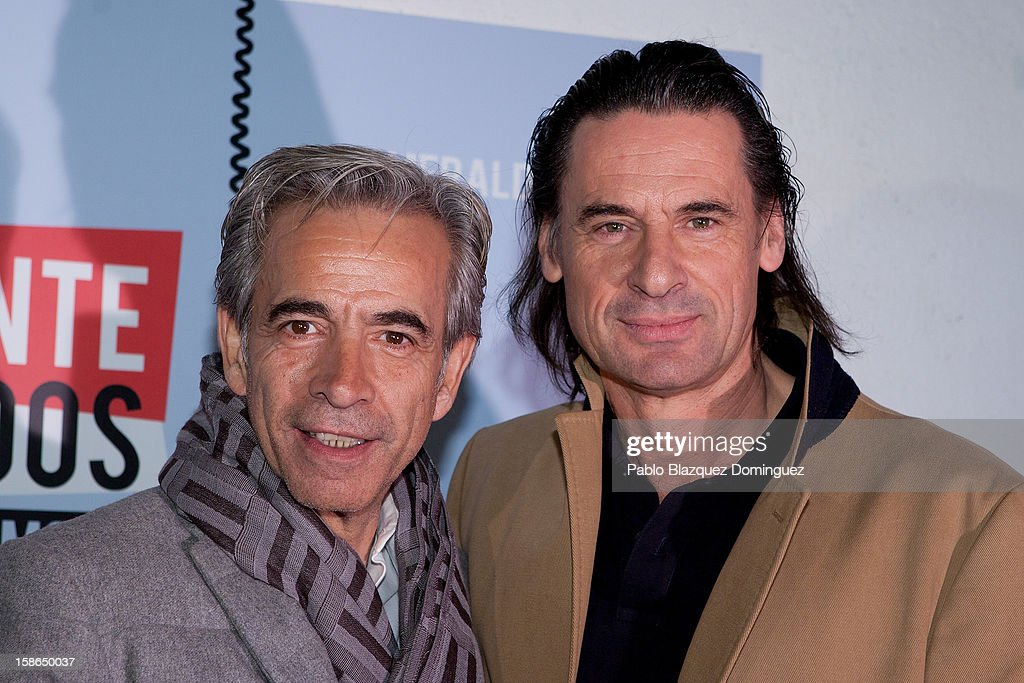 <a gi-track='captionPersonalityLinkClicked' href=/galleries/search?phrase=Imanol+Arias&family=editorial&specificpeople=805299 ng-click='$event.stopPropagation()'>Imanol Arias</a> and Victor Ochoa attend 'Absolutamente Comprometidos' premiere at Teatro del Arte de Madrid on December 22, 2012 in Madrid, Spain.