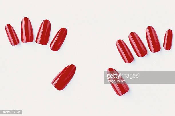 Imitation nails