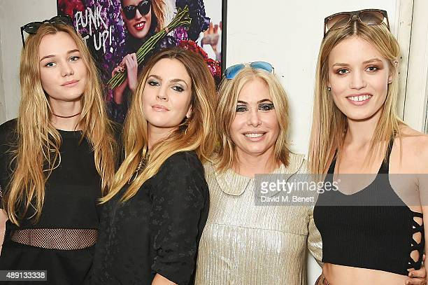Immy Waterhouse Drew Barrymore Brix Smith and Georgia May Jagger attend the Sunglass Hut London Fashion Week 'Punked Up' Afternoon Tea Party on...