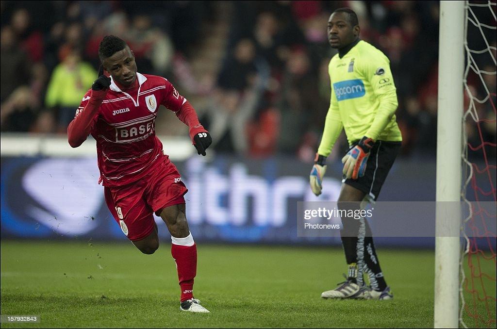 Imoh Ezekiel of Standard de Liege celebrates scoring a goal during the Jupiler League match between Standard de Liege and Sporting Charleroi on December 7, 2012 in Liege, Belgium.