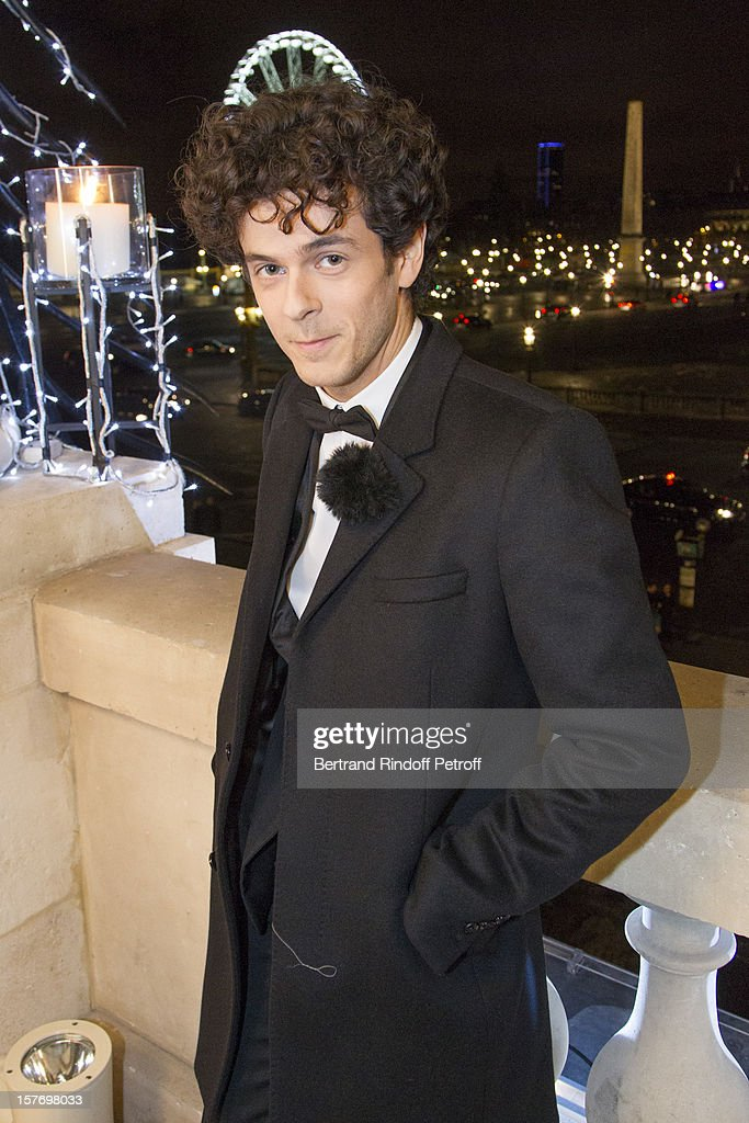 Impersonator and singer Michael Gregorio attends the shooting of the year end program 'Toute la musique qu'on aime !' set to be broadcast on New Year's Eve on French private channel TF1, at Hotel Crillon on December 4, 2012 in Paris, France.