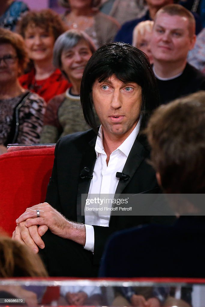 Impersonator Thierry Garcia imitates Gad Elmaleh in the Movie 'Chouchou' during the 'Vivement Dimanche' French TV Show at Pavillon Gabriel on February 10, 2016 in Paris, France.