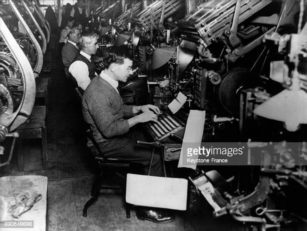Imprimerie d'un grand quotidien anglais à Londres RoyaumeUni circa 1936