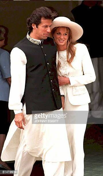Imran Khan and Jemima Goldsmith leave Richmond Registry Office after their civil wedding in London 20 June Imran Khan the former Pakistani cricket...
