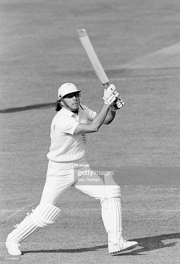 Imran Khan of Sussex batting against Nottinghamshire during a John Player League cricket match held at Trent Bridge, Nottingham on 18th May 1986. Sussex won by one wicket. (Bob Thomas/Getty Images).