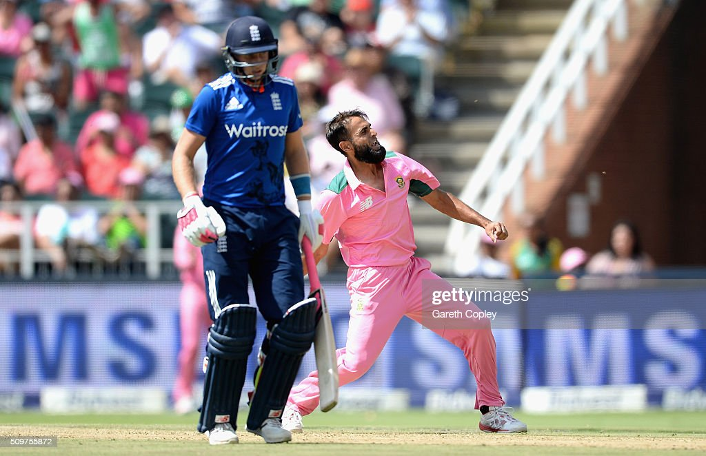 <a gi-track='captionPersonalityLinkClicked' href=/galleries/search?phrase=Imran+Tahir&family=editorial&specificpeople=2128968 ng-click='$event.stopPropagation()'>Imran Tahir</a> of South Africa celebrates dismissing Alex Hales of England during the 4th Momentum ODI between South Africa and England at Bidvest Wanderers Stadium on February 12, 2016 in Johannesburg, South Africa.
