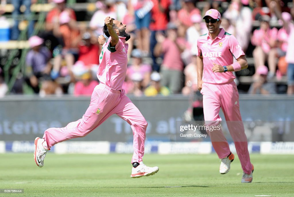 <a gi-track='captionPersonalityLinkClicked' href=/galleries/search?phrase=Imran+Tahir&family=editorial&specificpeople=2128968 ng-click='$event.stopPropagation()'>Imran Tahir</a> of South Africa celebrates dismissing Ben Stokes of England during the 4th Momentum ODI between South Africa and England at Bidvest Wanderers Stadium on February 12, 2016 in Johannesburg, South Africa.