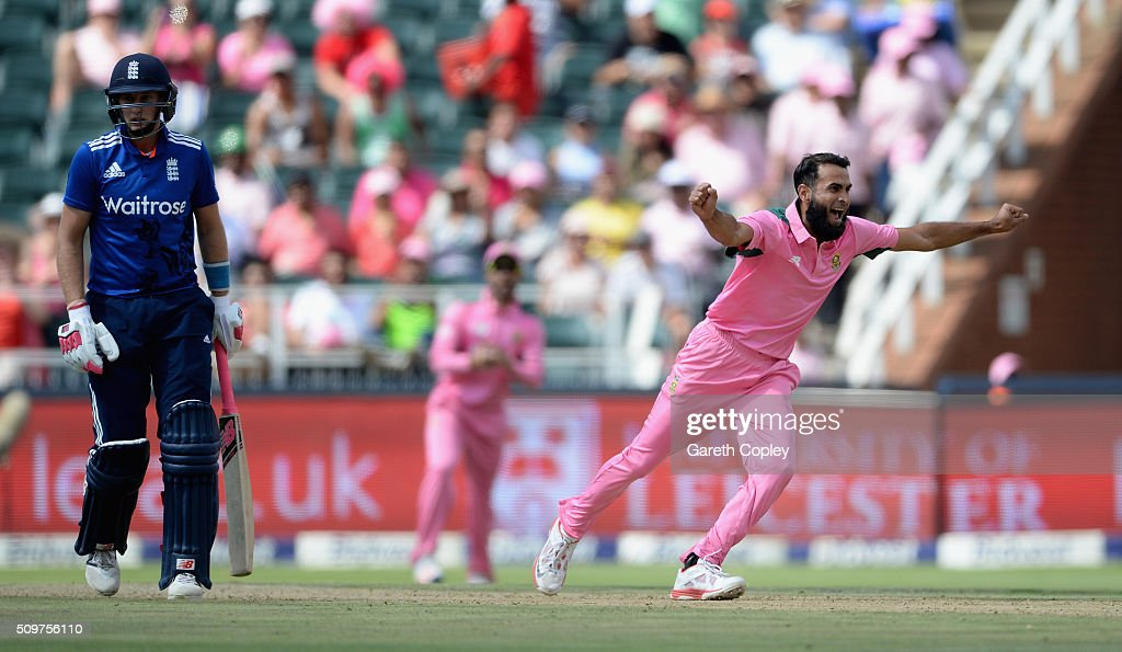 <a gi-track='captionPersonalityLinkClicked' href=/galleries/search?phrase=Imran+Tahir&family=editorial&specificpeople=2128968 ng-click='$event.stopPropagation()'>Imran Tahir</a> of South Africa celebrates dismissing England captain Eoin Morgan during the 4th Momentum ODI between South Africa and England at Bidvest Wanderers Stadium on February 12, 2016 in Johannesburg, South Africa.